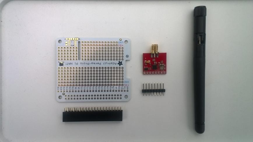 Sparkfun nRF24L01 module &Adafruit perma proto hat